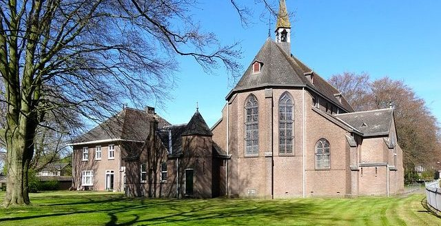 andreaskerk-855376_640